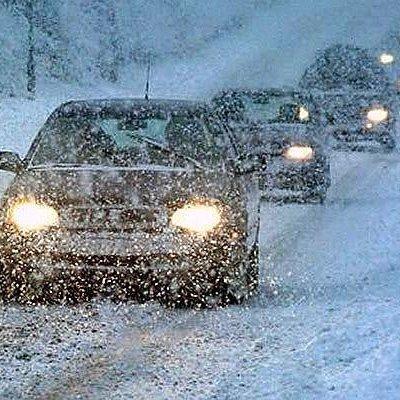 Україну замітає снігом