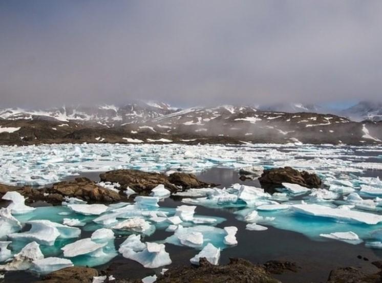 Таяние льдов в Гренландии проходит с большой скоростью