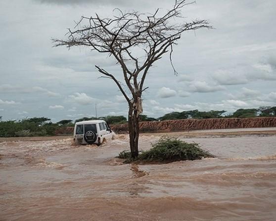 Мощное наводнение в Кении не прекращается второй месяц