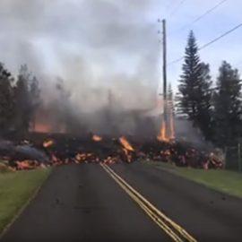 На Гавайських островах триває руйнівний виверження вулкана