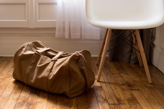 сумки и чемодані
