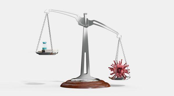 Вакцина Moderna против COVID-19: работает ли она так же, как вакцина Pfizer?
